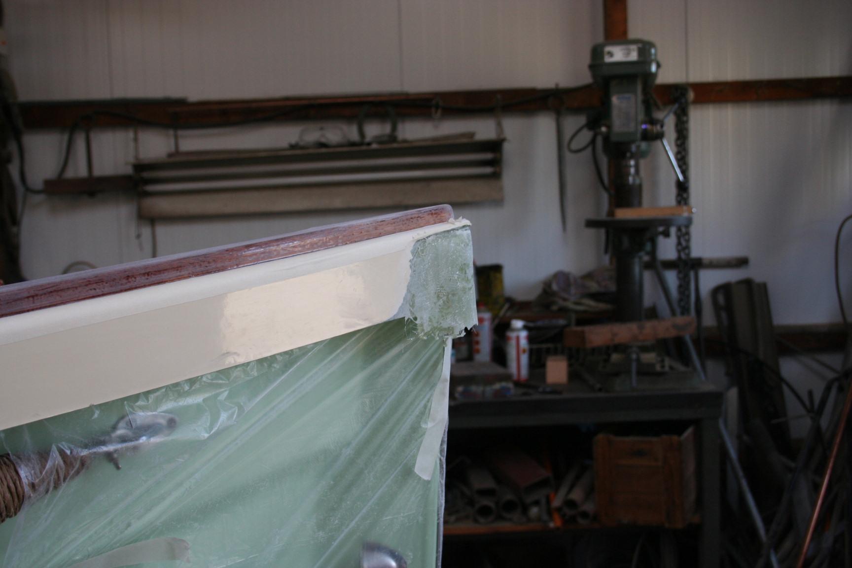 Boeg schade reparatie Kuperus Sloep in Workum