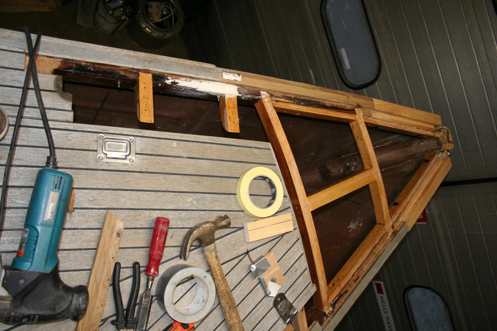 refit-boot-ankerkluis-binnenkant-doorgerot-5